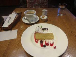 カフェ&ブックス ビブリオテーク3