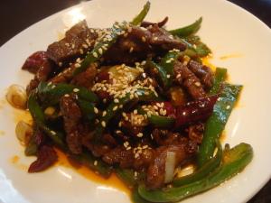 牛肉の重慶風カリカリ炒め@チャイニーズレストラン直城